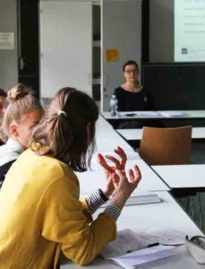 Diskussion im Workshop von Merle Hummrich