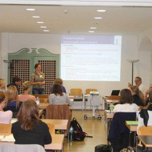 Die Freiburger Doktorandin Martina Graichen bei ihrem Vortrag