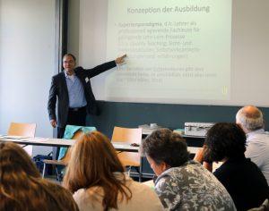 Workshop von Patrick Beuchert (Staatliches Seminar für Didaktik und Lehrerbildung (WHRS) Freiburg)