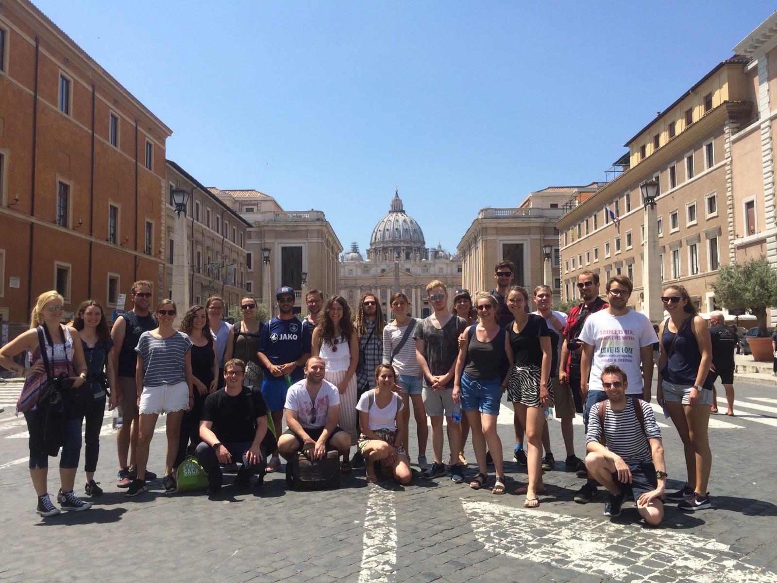 Gruppenfoto der Exkursionsteilnehmenden