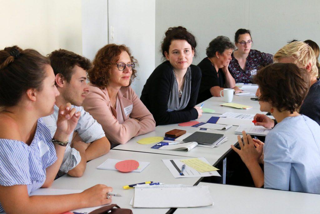 """Workshop """"Bedarfe von Schulen zu Inklusion forschungsbasiert begleiten – Freiburger Inklusive Schulbegleitforschung (FRISBI)"""" beim Praxisphasentag 2018"""