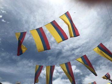 Kolumbianische Flaggen